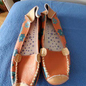Shoes - orange shoe
